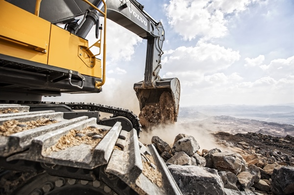 5 Maintenance Tips To Keep Excavators In Top Condition